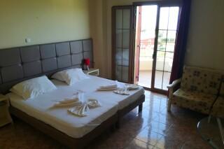 accommodation marina anna room