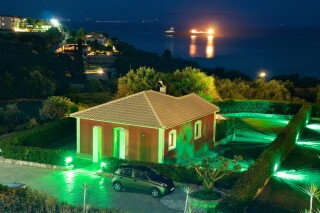 cottage-villa-trapezaki-house-05
