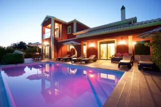 queen-villas-trapezaki-house-06