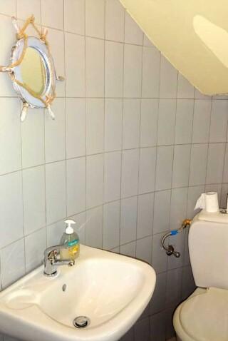 windmill-marina-anna-bathroom-area
