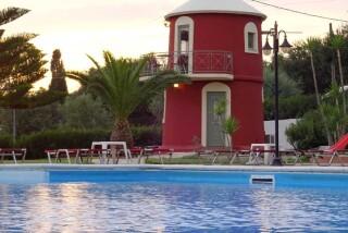 windmill-marina-anna-pool
